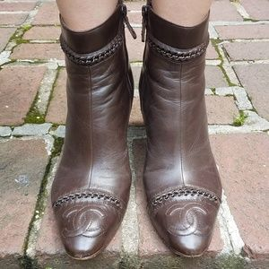 Chanel ankle leather booties